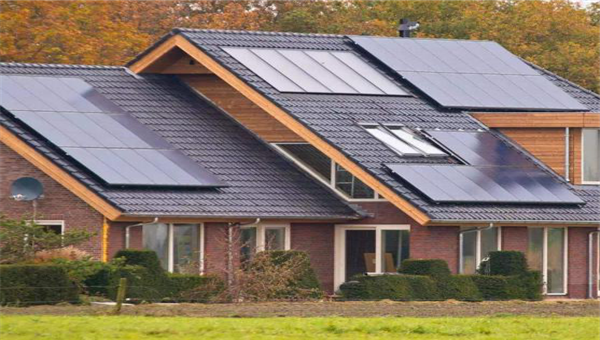 4 Tips to Help Residential Solar Installers Grow